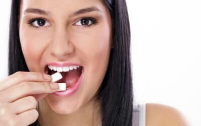 Hogyan hat a rágógumi a fogakra?