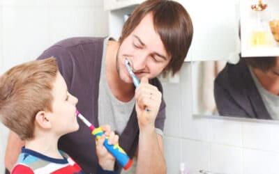 Hogyan tanítsuk a gyereket fogat mosni?