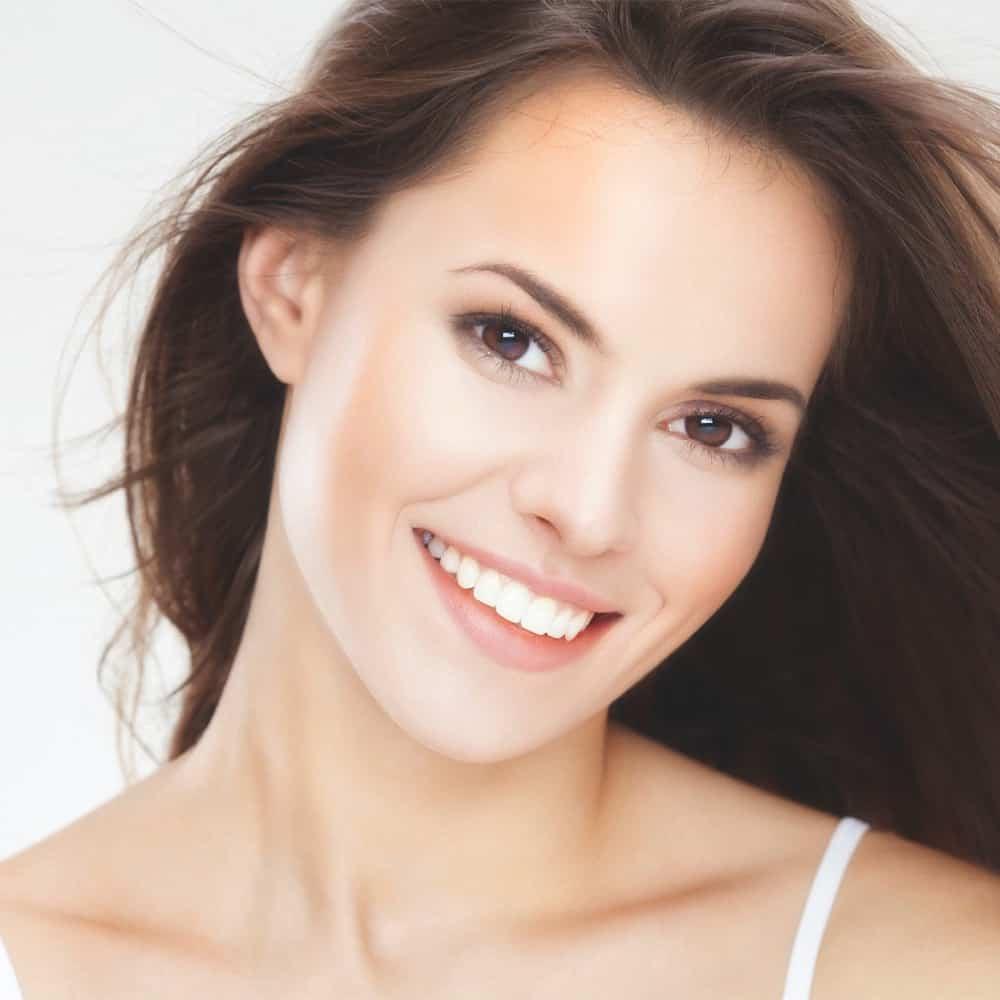 Szép mosoly a fogszabályozásnak köszönhetően
